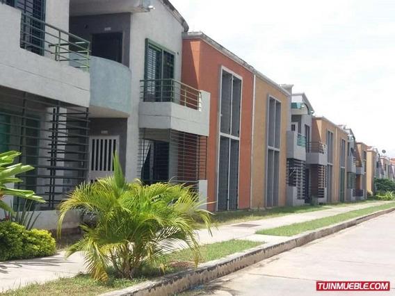Townhouses En Venta Resid, Tejados De San Isidro Parral