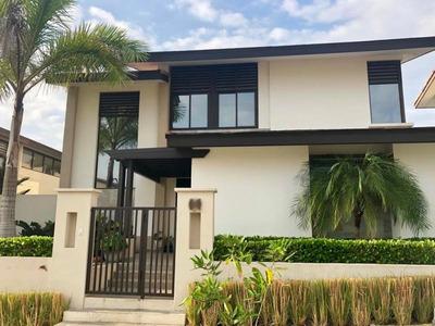 Casa En Venta En Panama Pacifico 19-3894 Emb