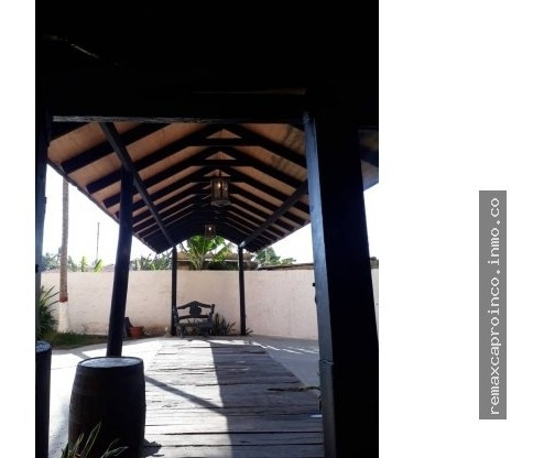 Venta De Hotel En Tucacas Ltr 371564