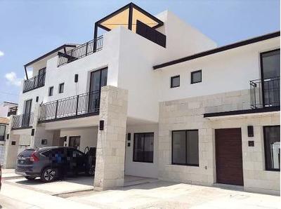 Excelente Casa En Fraccionamiento Por Antea (mt-c)