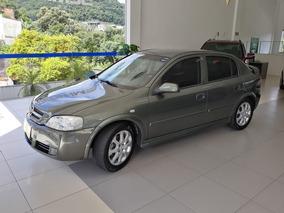 Chevrolet Astra Hatch Advantage 2.0 8v 4p 2011