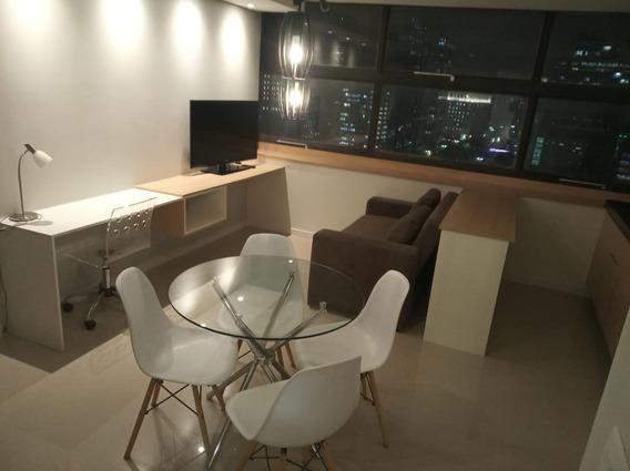 Centro Studio Mobiliado Na Porta Do Metro Tudo Novinho Lindo