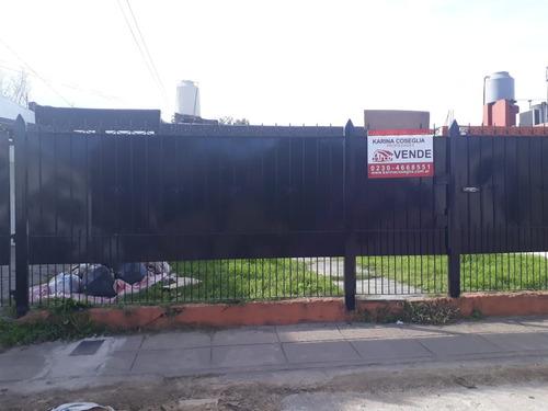 Casa En Venta , Cruce Castelar .moreno