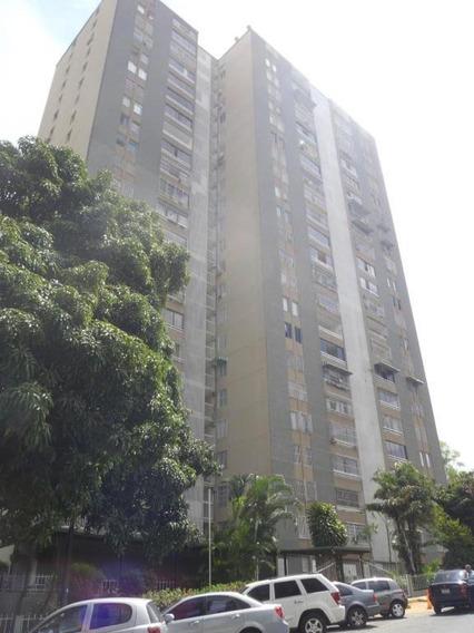 Apartamento En Venta La Trinidad Caracas