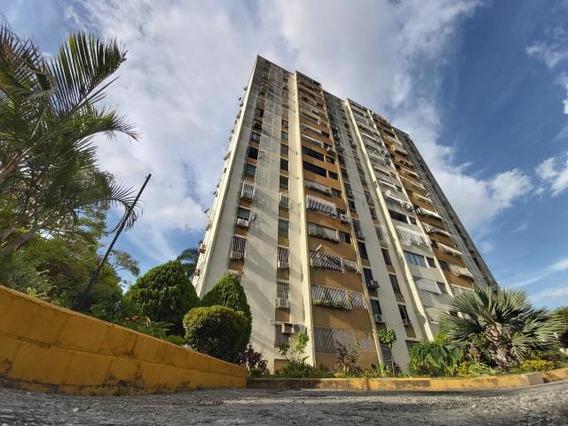Apartamento En Venta Este De Barquisimeto #20-709 As