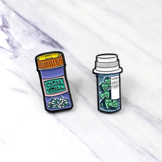 Broches Pins/dije Enfermería 2modelos Diferentes