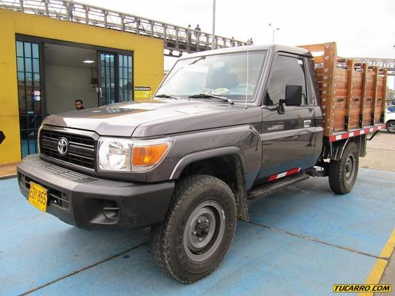 Toyota Land Cruiser 4000cc Mt Aa