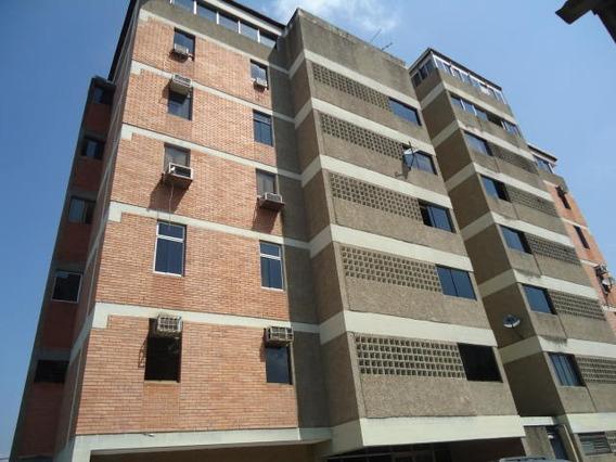Apartamento En Venta En Zona Este Barquisimeto Lara 20-5352