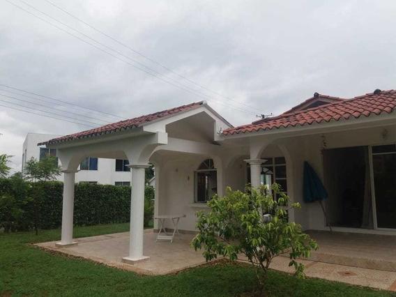 Alquilo Casa Quinta Melgar Condominio Hacienda La Estancia