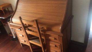 Escrivaninha Xerife + Cadeira (móvel Em Poços De Caldas)