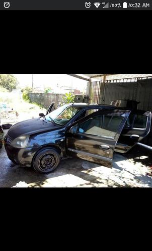Renault Clio 2006 1.0 16v Authentique Hi-flex 5p