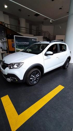 Imagen 1 de 15 de Renault Sandero Stepway 1.6 16v Zen Unidad 0km 2021 Fiat   G