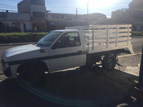 Nissan Pick-up Pick Up Estaquitas