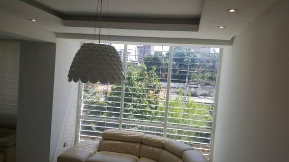 Lujoso Apartamento En La Soledad, Res. Orion 04243745301