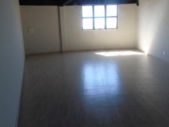 Loja De 42 M² No Bairro Serrano . - 4903