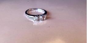 Anel Mais Que Perfeito. 3 Diamantes De Impacto. Ouro Branco.