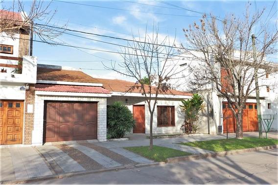 Se Vende Casa Céntrica En Avellaneda