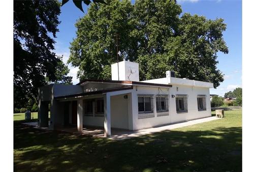 Venta - Casa Quinta Con Piscina En Ibarlucea