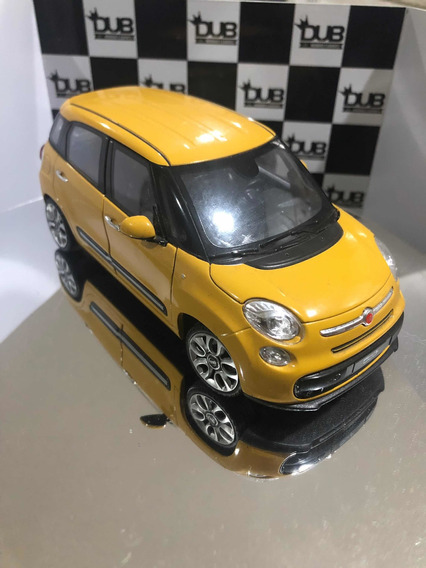 Fiat 500l Na Escala 1/24