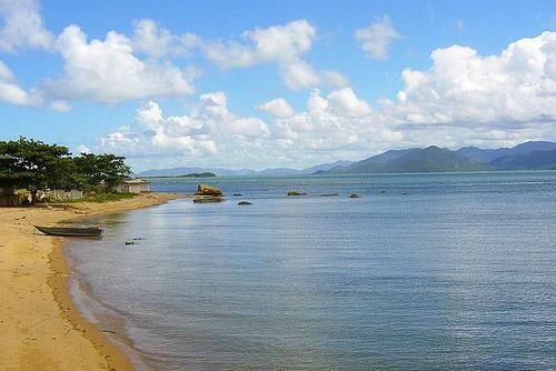 Imagem 1 de 12 de Terreno No Ribeirão Da Ilha Com Duas Casas. - Te0764