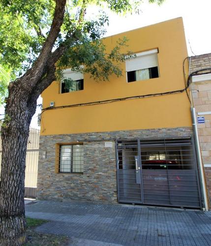Excelente Propiedad De 3 Dormitorios En Prado Sur