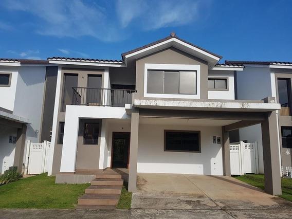 Alquiler Hermosa Casa En Brisas Del Golf Panama