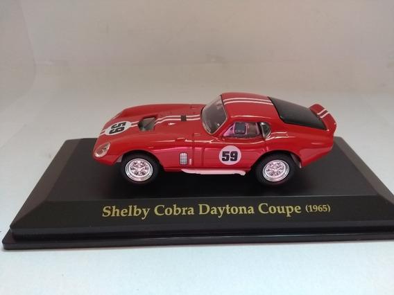 Miniatura Shelby Cobra Daytona Coupe - 1965 - Esc: 1/43