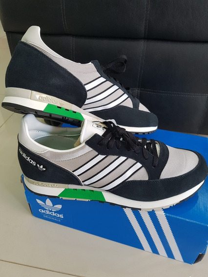 Tenis adidas Phantom 44