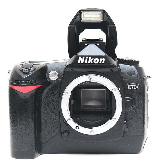Nikon D70s + 2gb = D80 D90 D200 D300 D40 D50 D60 D2x D3000