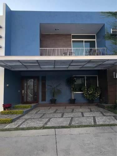 Hermosa Residencia En Venta En Santillana