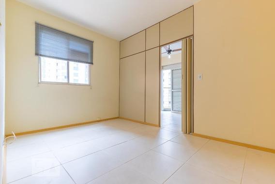 Studio No 8º Andar Com 1 Dormitório E 1 Garagem - Id: 892987601 - 287601