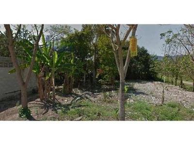 Se Vende Terreno 400 M² Los Manantiales Villa Avila Camacho Puebla. Esta Frente A La Secundaria Técnica # 107, Esta En Una Excelente Ubicación Son 400 Metros Cuadrados En Esquina Ideal Para Locales C