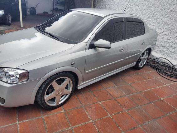 Astra 2.0 Sedam 2004