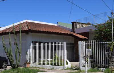 Vende Casa En Ballester, 3 Hab., Patio, Terraza, Garage