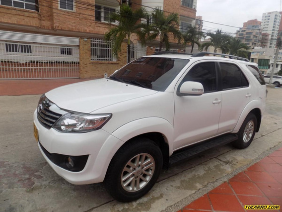 Toyota Fortuner Sr5 2.7 4x2 At