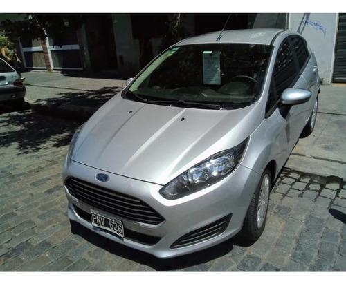 Ford Fiesta Kinetic D. S 2017 $ 798000 Y Ctas  (gm)