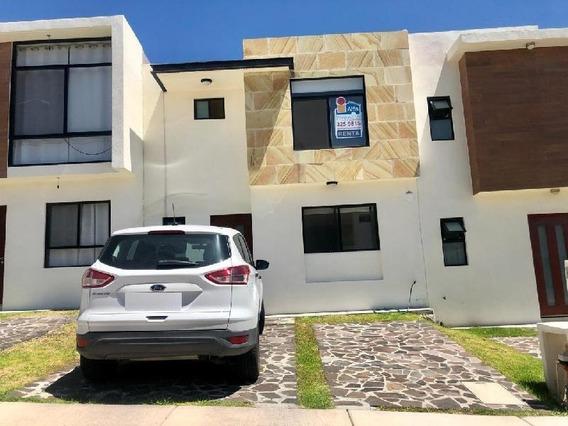 Casa En Venta En Cumbres De Juriquilla, Qro..
