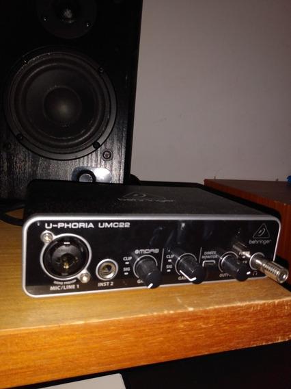 Interface De Áudio Bheringher Ufhoria Umc22