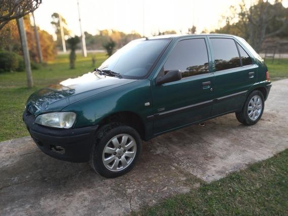 Peugeot 106 1.4 Xn Zen 2001