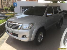 Toyota Hilux Doble Cabina 4x4 - Automatico