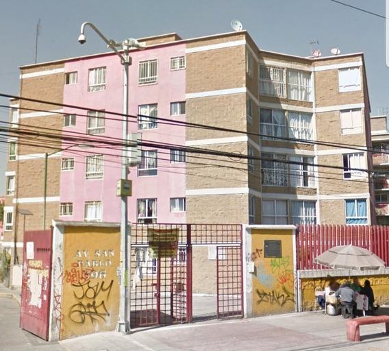 Av. San Pablo Xalpa 396 Metro Rosario