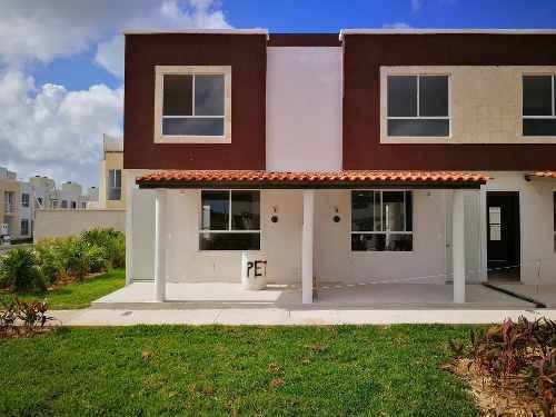 Casa De 3 Rec. En Venta Al Norte De Cancún, Sobre Avenida Chac Mool