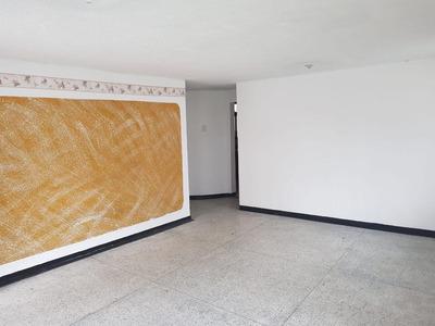 Se Arrienda Casa Amplia En El Galan Unicentro