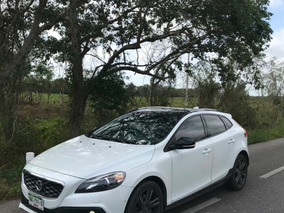 Volvo V40 2.0 Momentum Awd T5 Cross Country At