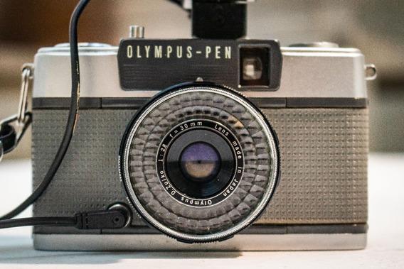 Câmera Antiga Olympus