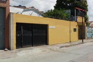 Venta De Local Comercial Los Rosales Eq55 17-15412