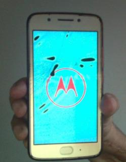 Motorola Moto G5 Xt1672 Câm 13mp Dourado 32gb (vitrine)
