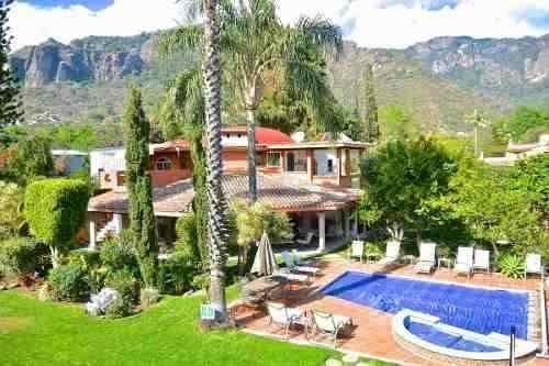 Casas Tepoztlán - Bienes Raíces - Villa En Valle De Atongo