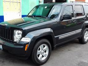 Jeep Liberty 3.7 Sport 4x2 Aut.