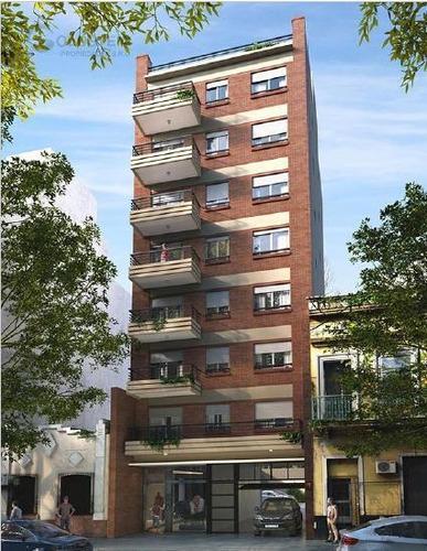 Imagen 1 de 6 de Edificio - Almagro
